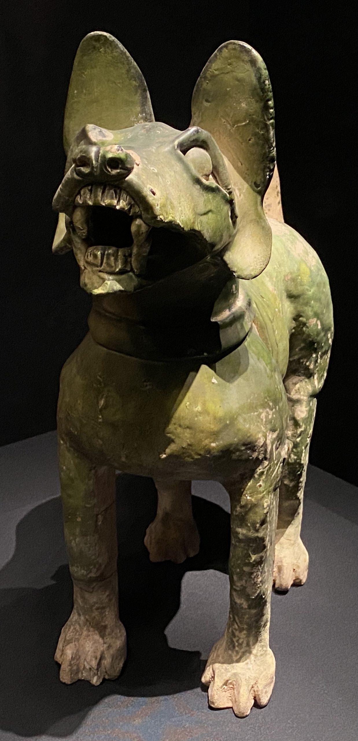 緑釉陶狗-【列備五都-秦漢時代の中国都市】-成都博物館-四川成都