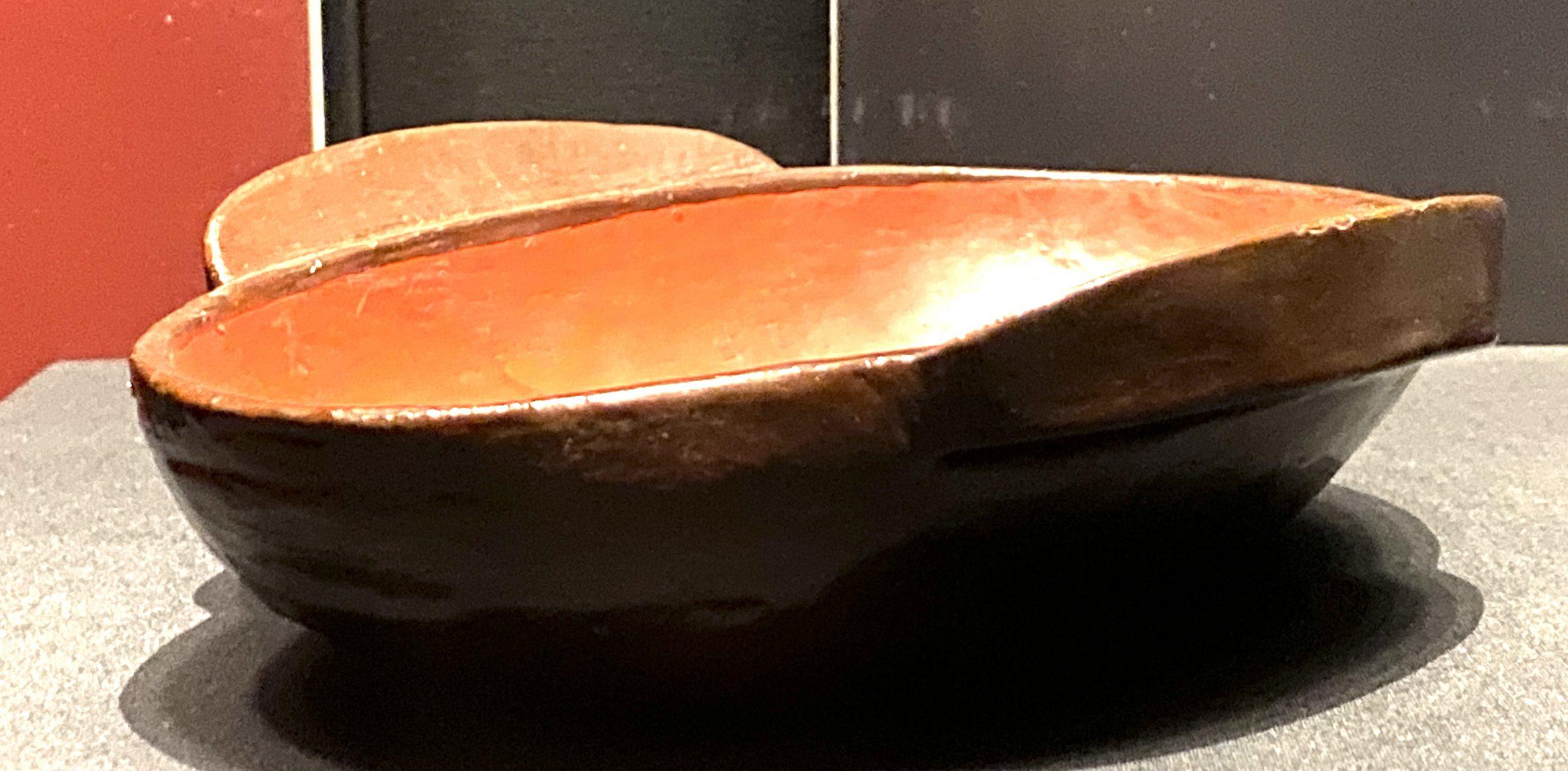 漆耳杯-【列備五都-秦漢時代の中国都市】-成都博物館-四川成都