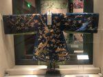 清乾隆・藍緞繡平金松鶴紋老旦帔-漱芳齋-【重華宮へ入り】巡回展-成都博物館-成都市-四川省
