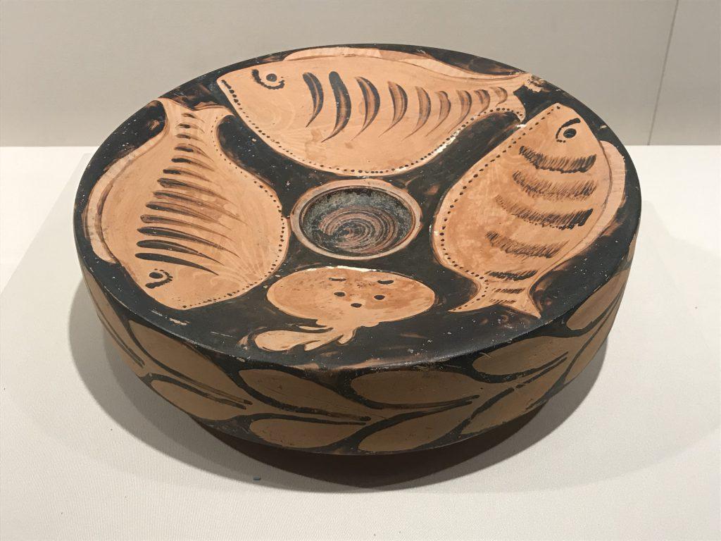 紅絵魚紋盘-特別展【彩絵地中海-PAESTUM-一つ古城の文明と幻想】-四川博物院