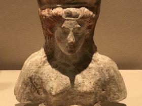 陶製女性半身像-特別展【彩絵地中海-PAESTUM-一つ古城の文明と幻想】-四川博物院