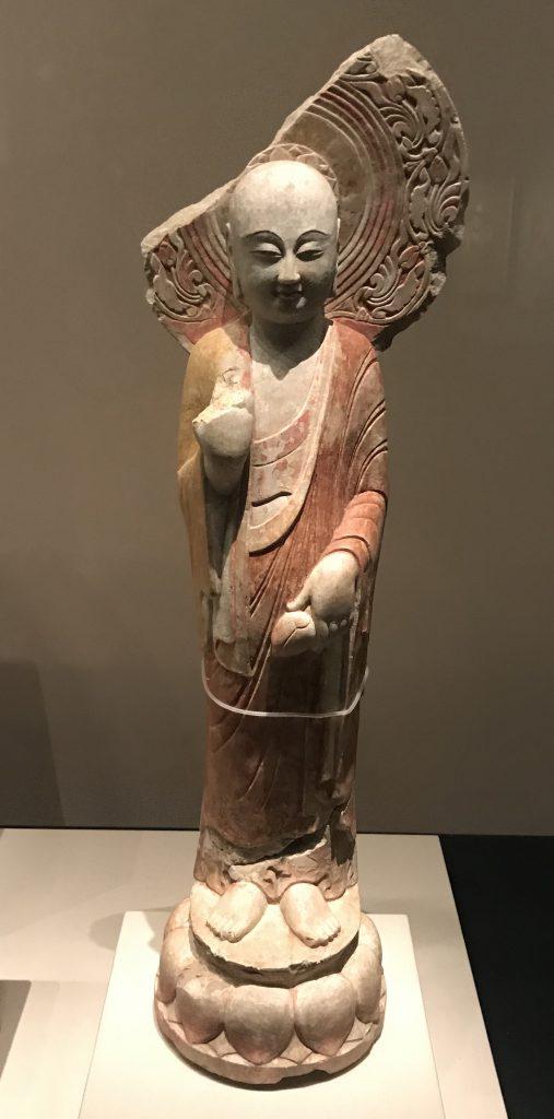 弟子立像-北齊-仏都鄴城-特別展【映世菩提】成都博物館