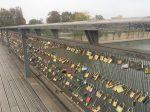 ポンデザール=芸術橋(愛の南京錠の橋)-Pont des Arts-2018年10月-パリ-フランス