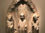貼金彩絵石雕佛菩薩三尊像-青州印像-特別展【映世菩提】-成都博物館