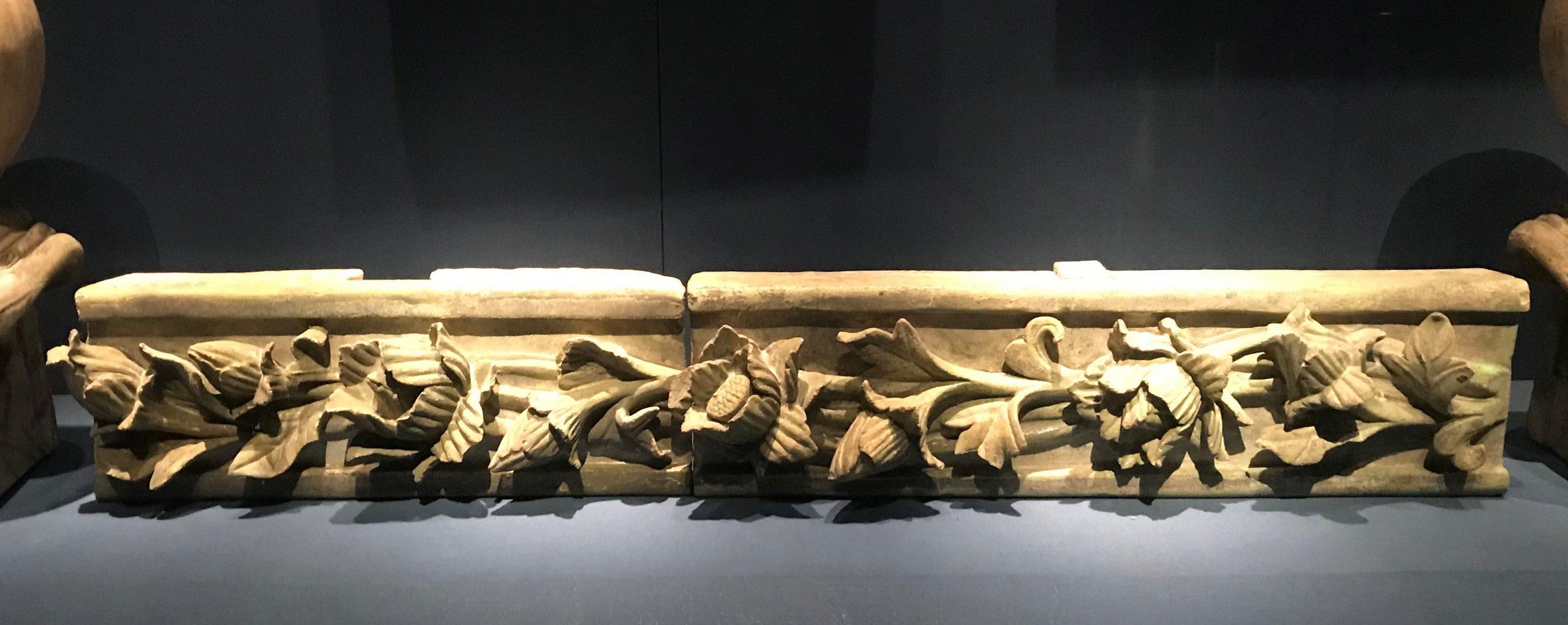 琉璃正脊-四川省展覧館出土-明清時代-常設展F3-成都博物館