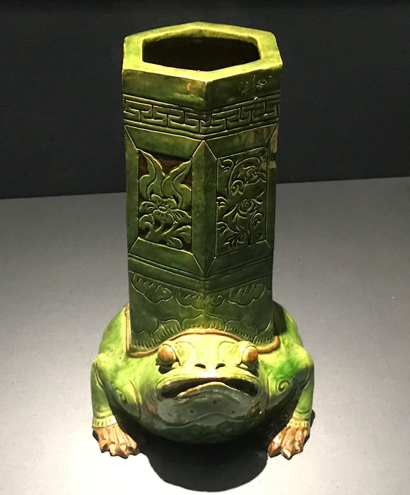緑釉蛙形座磁帽筒-明清時代-常設展F3-成都博物館