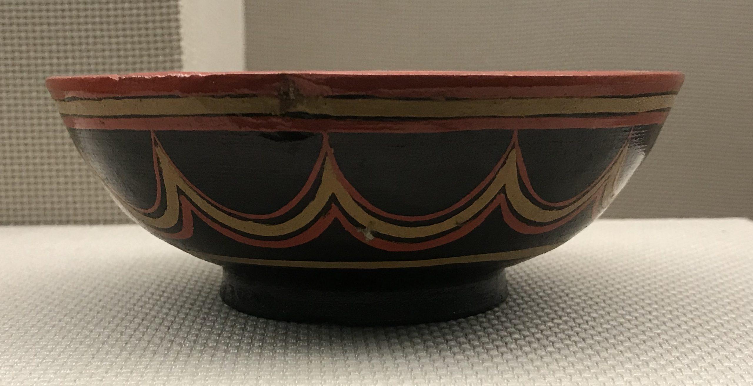 彩絵連弧紋木碗-彜族漆器-四川民族文物館-四川博物館-成都