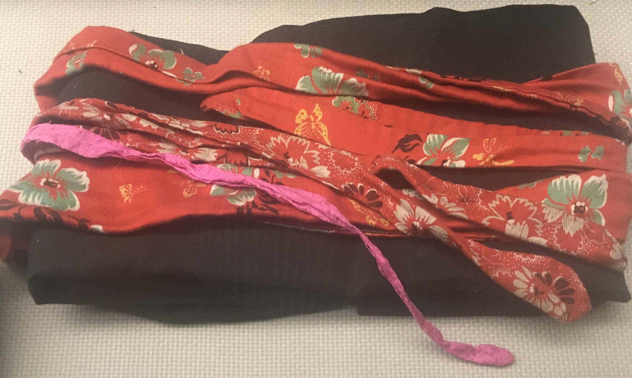 青線嗶嘰マフラー-チャン族衣装-四川民族文物館-四川博物館-成都