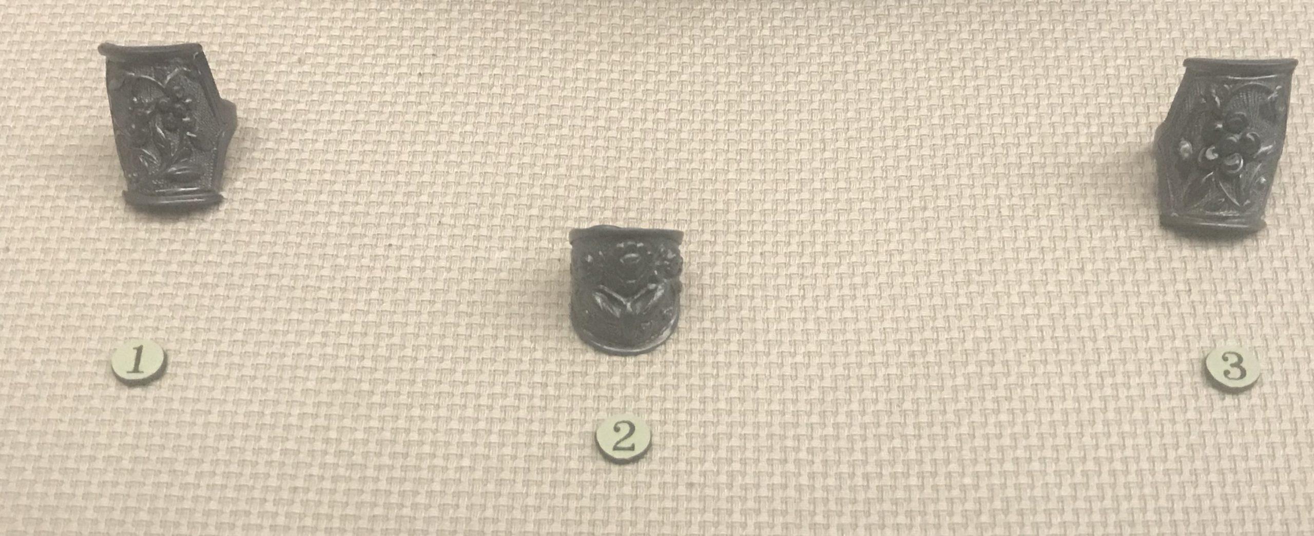 浮雕花鳥銀指輪-浮雕花蝶銀指輪-浮雕花銀指輪-チャン族アクセサリー-四川民族文物館-四川博物館-成都