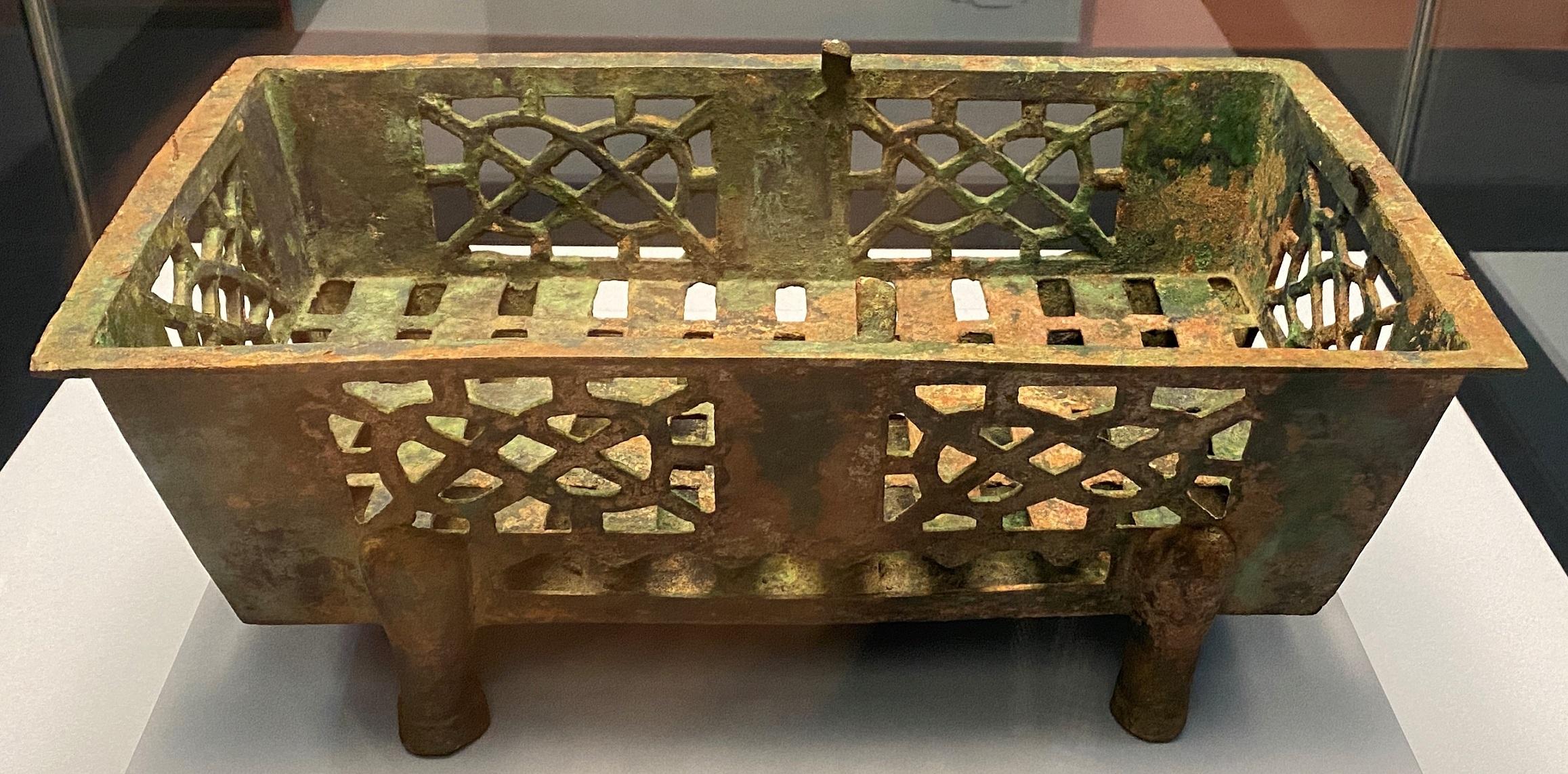 銅焼炉-漢時代-特別展【食味人間】四川博物院・中国国家博物館