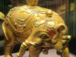 銅鎏金嵌緑松石象-特別展【七宝玲瓏-ヒマラヤからの芸術珍品】-金沙遺跡博物館-成都