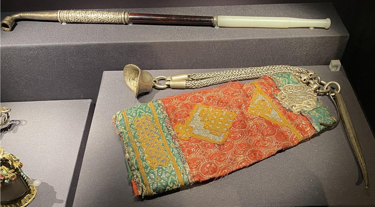 煙具-特別展【七宝玲瓏-ヒマラヤからの芸術珍品】-金沙遺跡博物館-成都